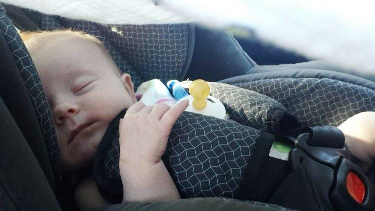 review car seat bayi