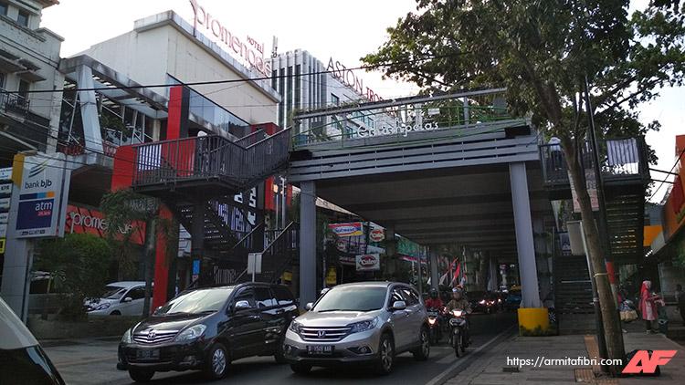 Jalan Jalan di Bandung
