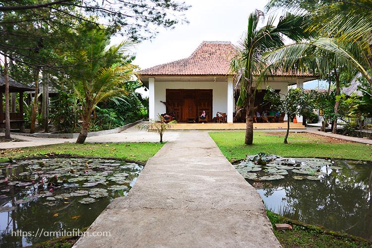 Gambar rumah tropis