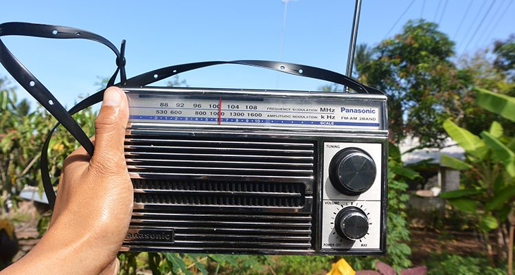 Gambar Radio