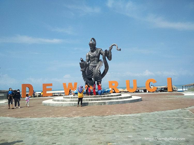 Patung Dewa Ruci Pantai Jatimalang