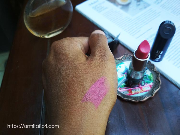 Review Oriflame Lipstick